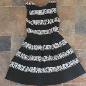 Black and White Dress XS Holiday